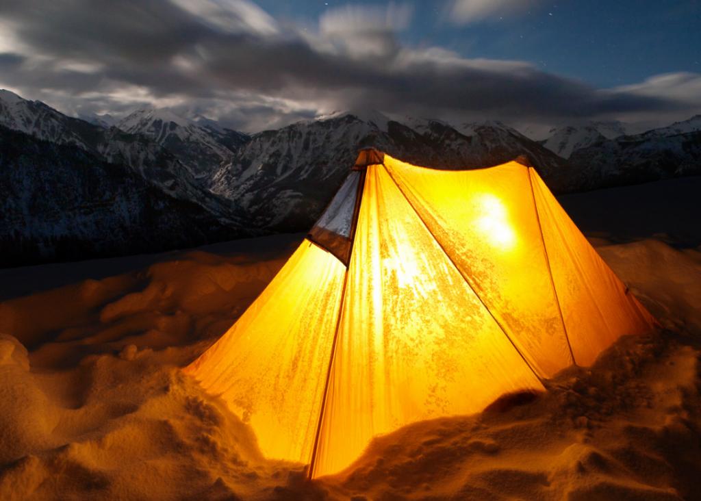 snow-versus-tent-1087x777